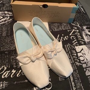 Brand new in box white Toms with bow (wedding)